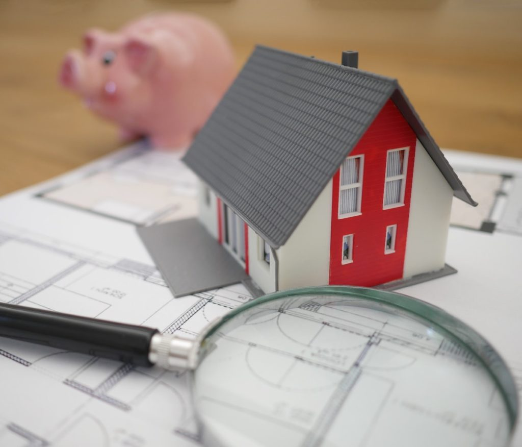 Piggy bank and house for rent